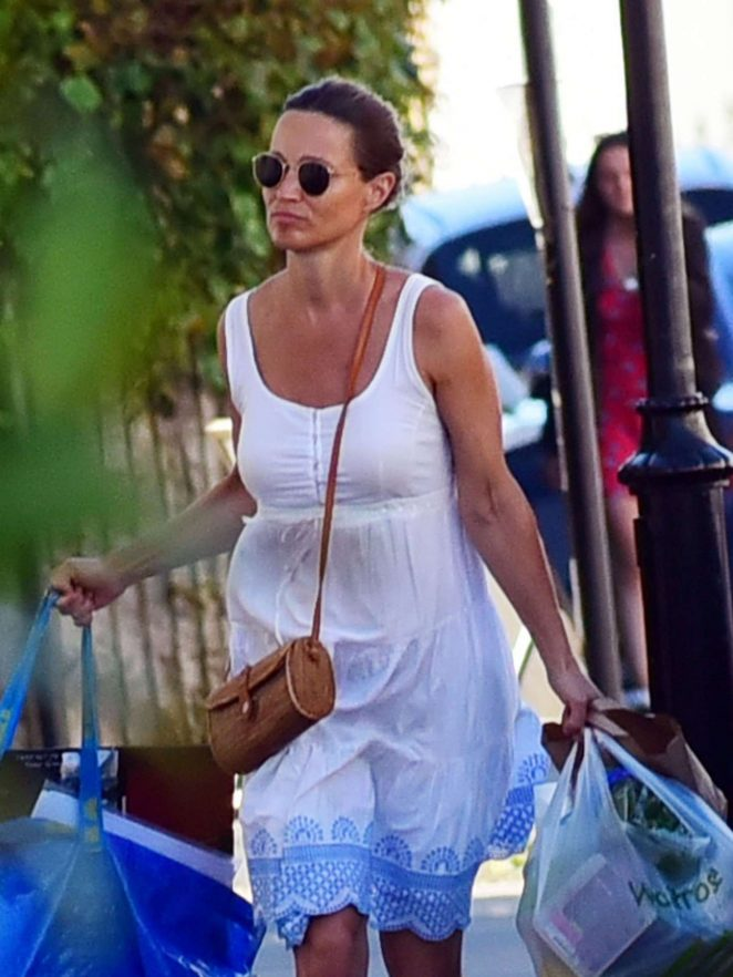 Pippa Middleton in White Dress - Shopping in London