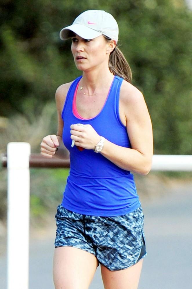 Pippa Middleton – Jogging in London