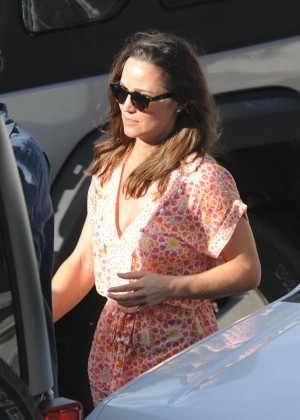 Pippa Middleton - Leaving Nikki Beach in St. Barts