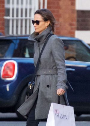 Pippa Middleton out shopping in London