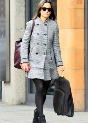 Pippa Middleton - Shopping in London