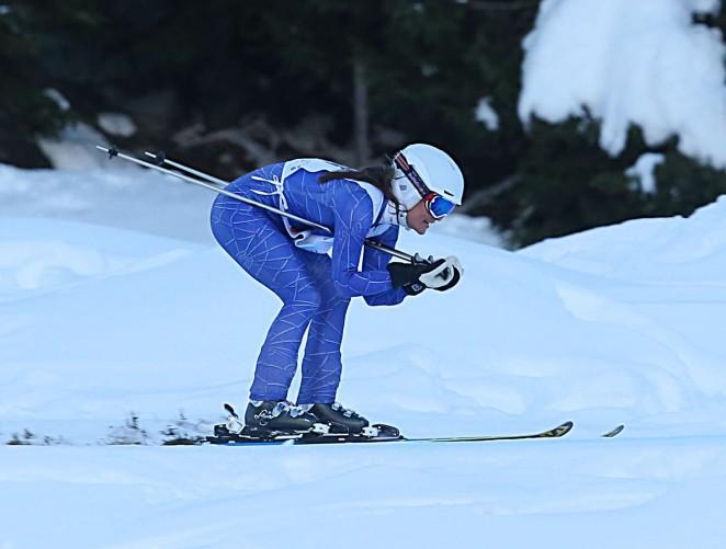 Pippa Middleton Skiing in Switzerland -02