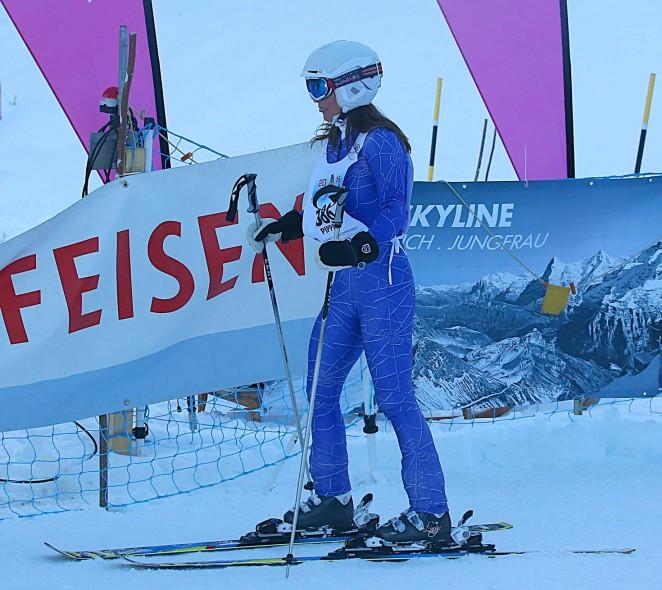Pippa Middleton Skiing in Switzerland -08