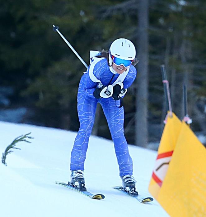 Pippa Middleton Skiing in Switzerland -10