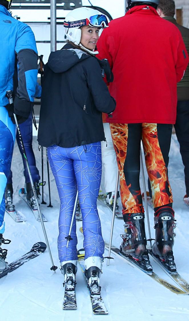 Pippa Middleton Skiing in Switzerland -23