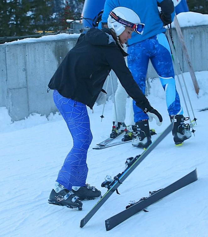 Pippa Middleton Skiing in Switzerland -61
