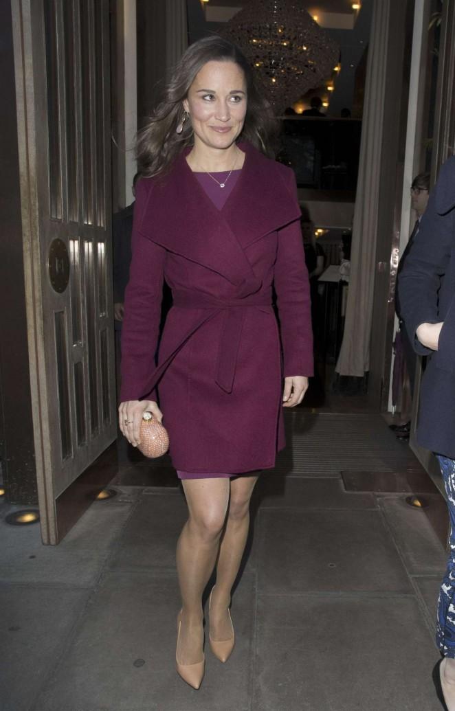 Pippa Middleton in Short Dress -13