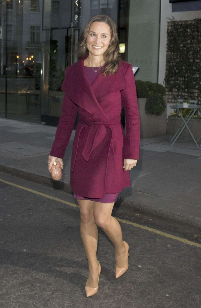 Pippa Middleton in Short Dress -20