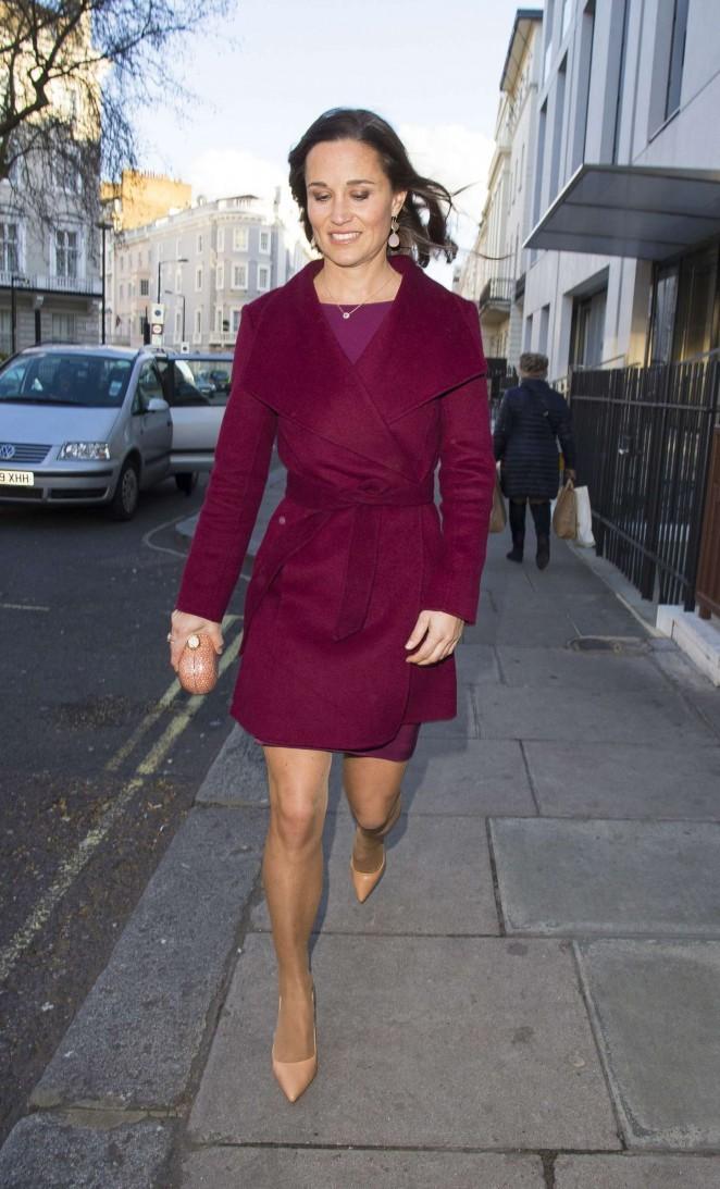 Pippa Middleton in Short Dress -26