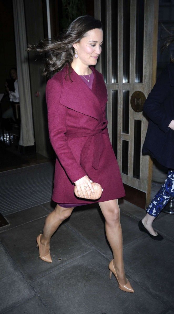 Pippa Middleton in Short Dress -27
