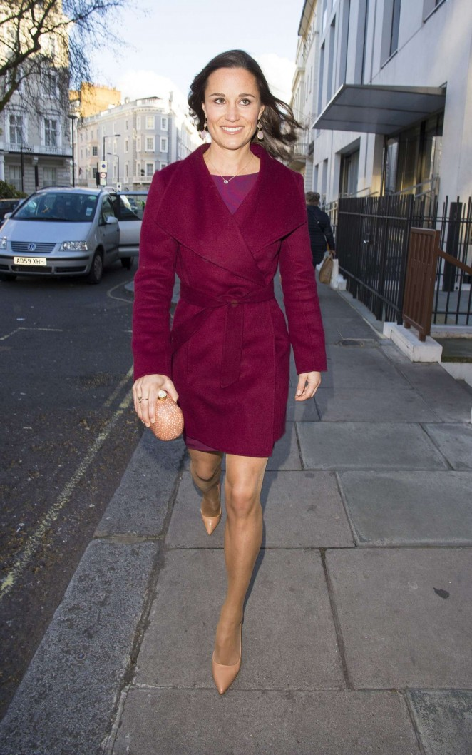 Pippa Middleton in Short Dress -28