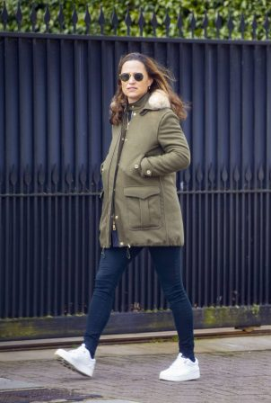 Pippa Middleton - Wearing a military green coat while out in Chelsea