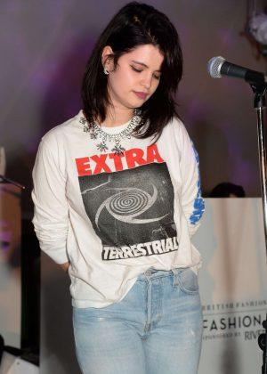Pixie Geldof - Performs at Fashion Film Event at 2017 LFW in London