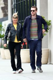 Pixie Geldof with her husband George Barnett - Shopping in West Hollywood