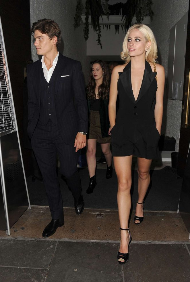 Pixie Lott at Ours Restaurant In Kensington