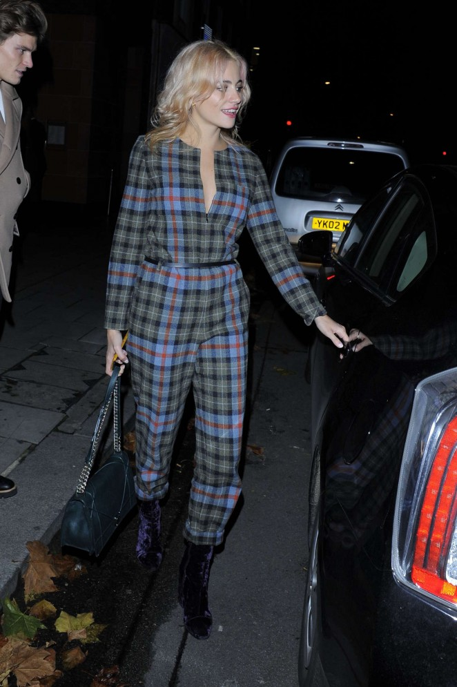 Pixie Lott - Leaving C Restaurant in London