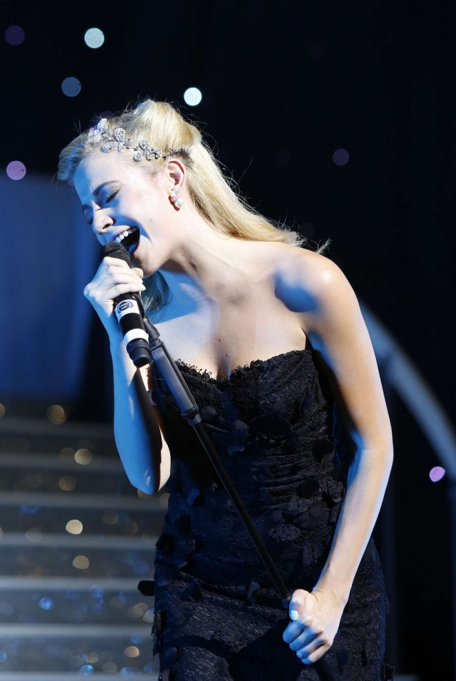 Pixie Lott - Puttin' On The Ritz Musical in London