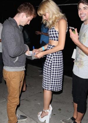 Pixie Lott - Signs Autographs for Fans in LA