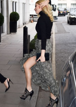 Pixie Lott - The Year Of Mexico Lunch in London