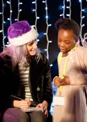 Pixie Lott - Winterville 2015 & Viber Hosts Rays of Sunshine Children's Charity Event in London