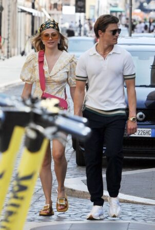 Pixie Lott - With boyfriend Oliver Cheshire in Rome