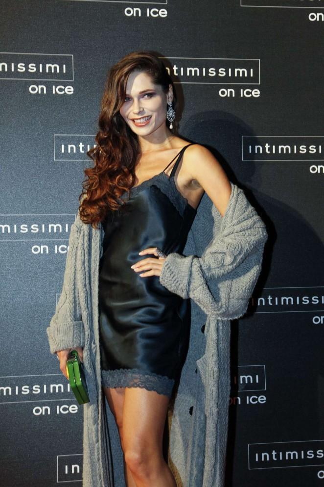 Polina Askeri - Intimissimi On Ice 2015 in Verona