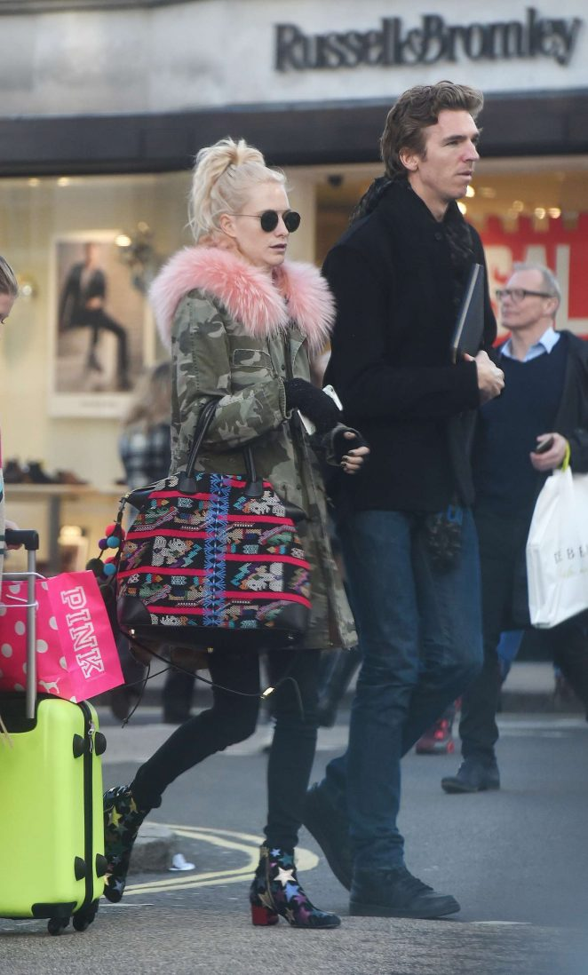 Poppy Delevingne - Christmas shopping on Bond Street in London