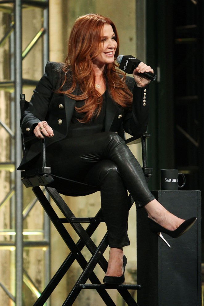Poppy Montgomery Promotes Unforgettable At Aol Buils Series In New York