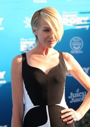 Portia de Rossi - 'Finding Dory' Premiere in Hollywood