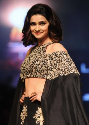 Prachi Desai - Lakme Fashion Week 2016 in Mumbai