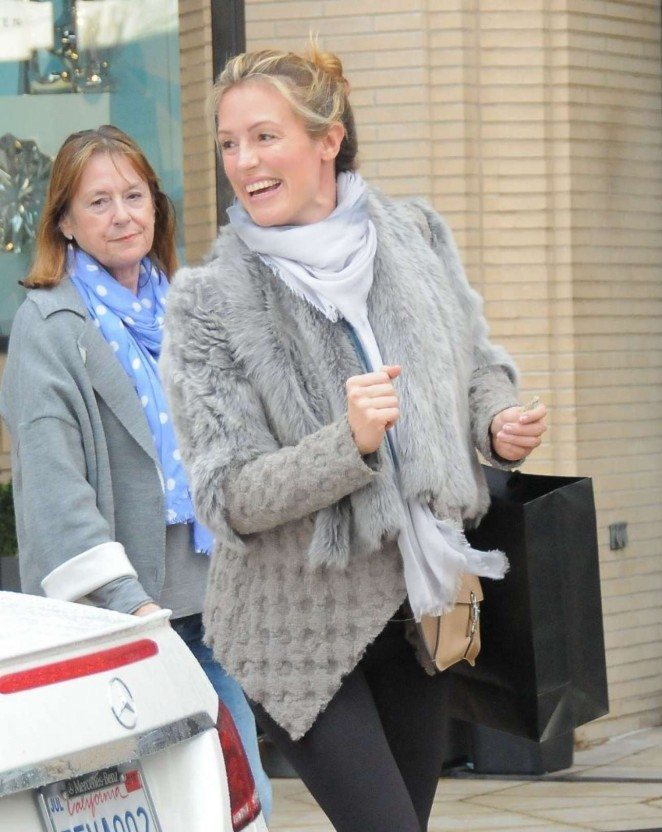 Pregnant Cat Deeley -Shopping in Beverly Hills