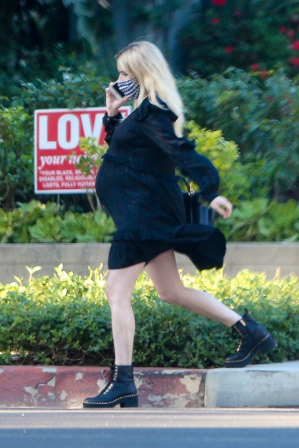 Pregnant Emma Roberts - Seen while out in Los Angeles