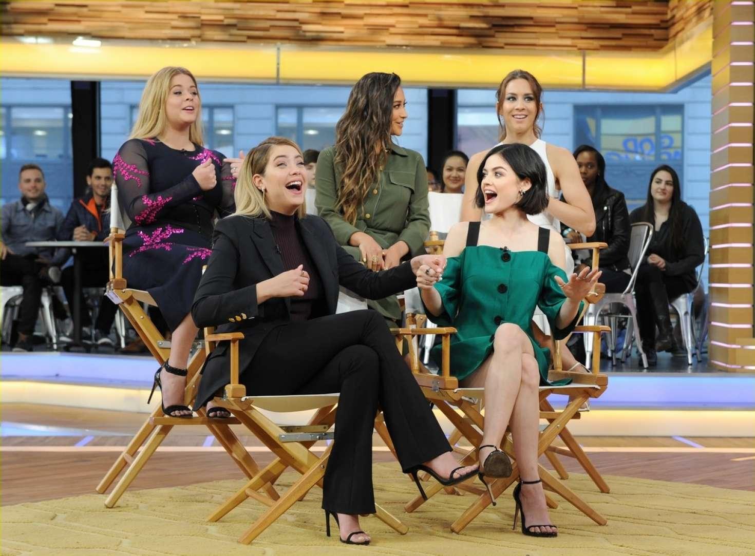 Good Morning America Latest News : Pretty little liars cast at good morning america in new