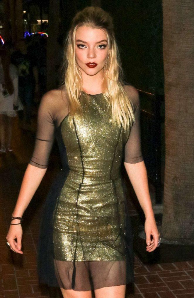 PrettyAnya Taylor-Joy at Hard Rock Hotel in San Diego