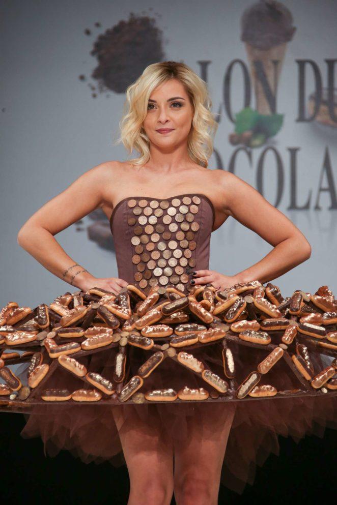 Priscilla betti salon du chocolat paris 2017 04 gotceleb - Salon du chocolat 2017 paris ...