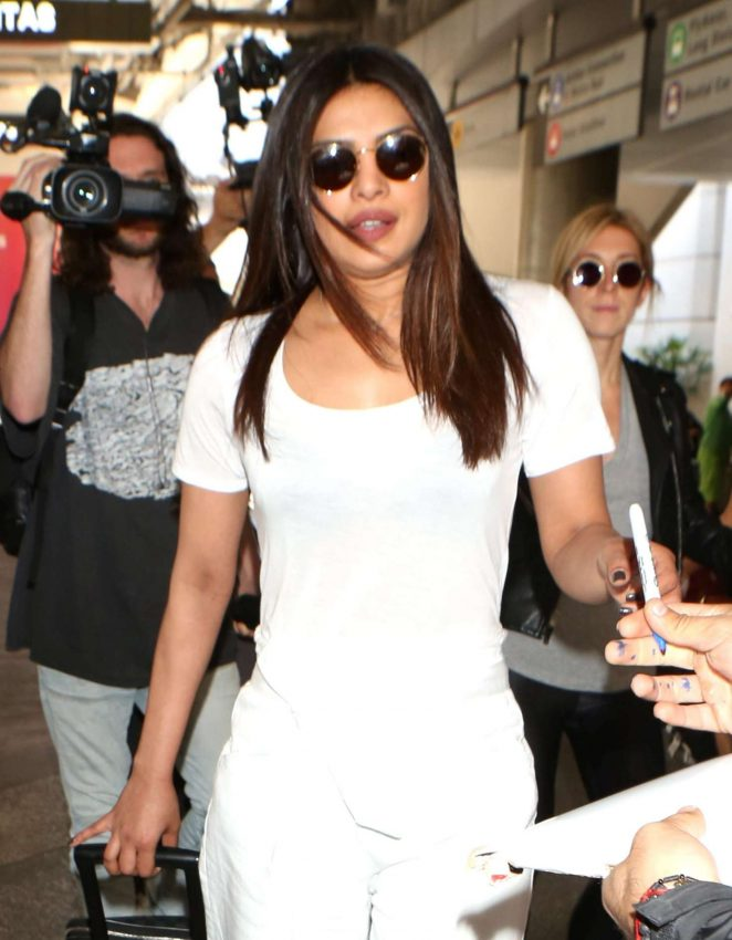 Priyanka Chopra Arrives at LAX Airport in Los Angeles