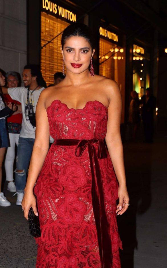 Priyanka Chopra - Attends an L'Avenue Saks Fifth Ave Event at New York Fashion Week