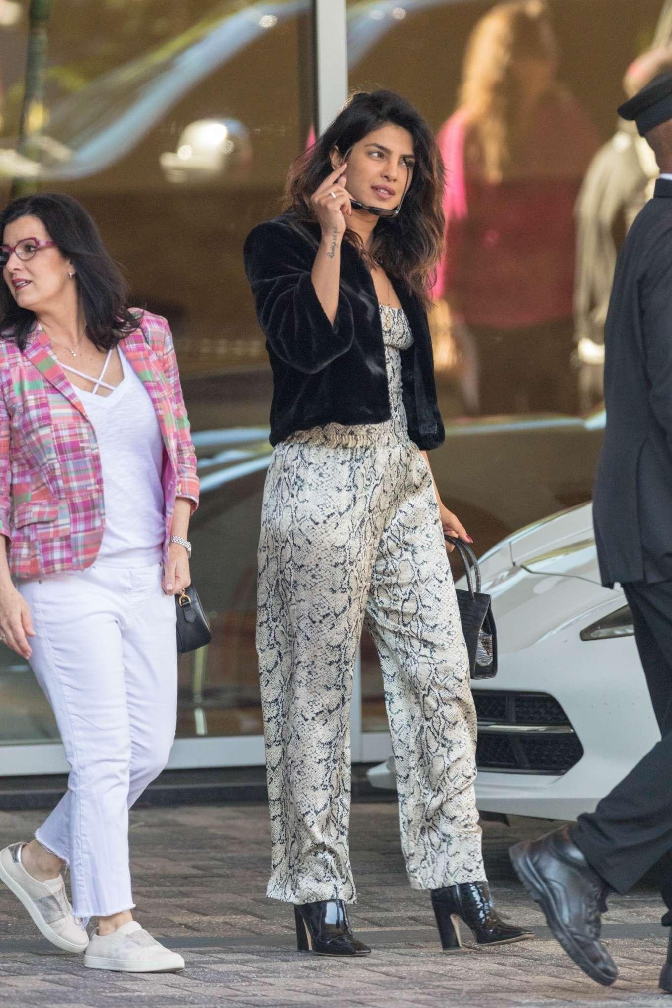 Priyanka Chopra 2019 : Priyanka Chopra: Head out to dinner in Atlanta -02