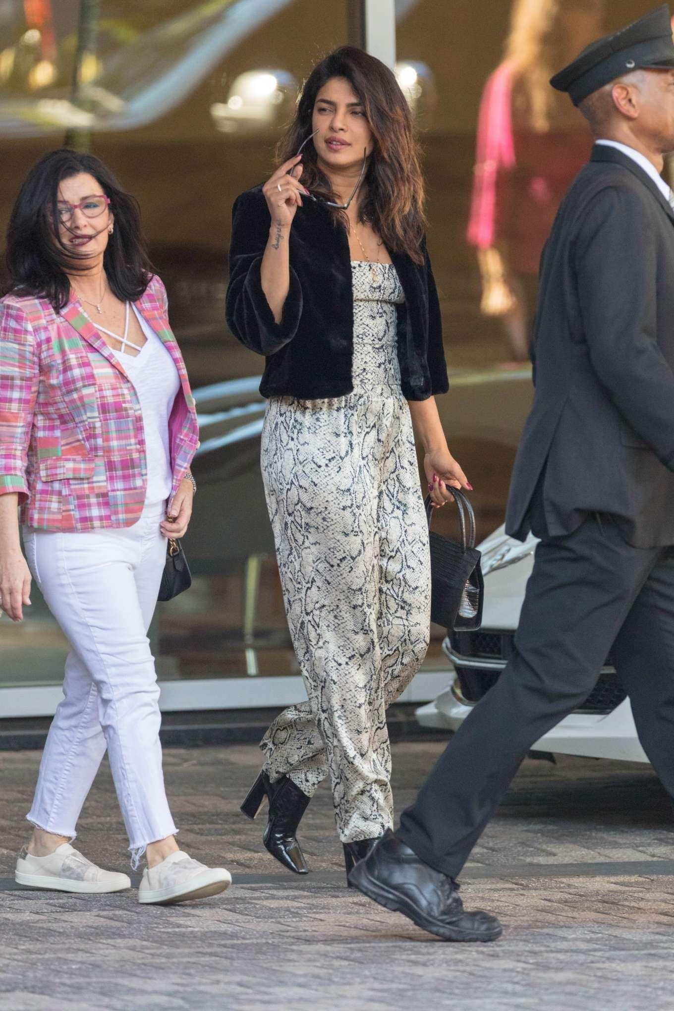 Priyanka Chopra 2019 : Priyanka Chopra: Head out to dinner in Atlanta -04