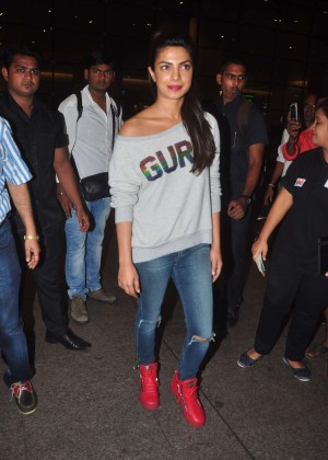 Priyanka Chopra in Jeans at Mumbai Airport