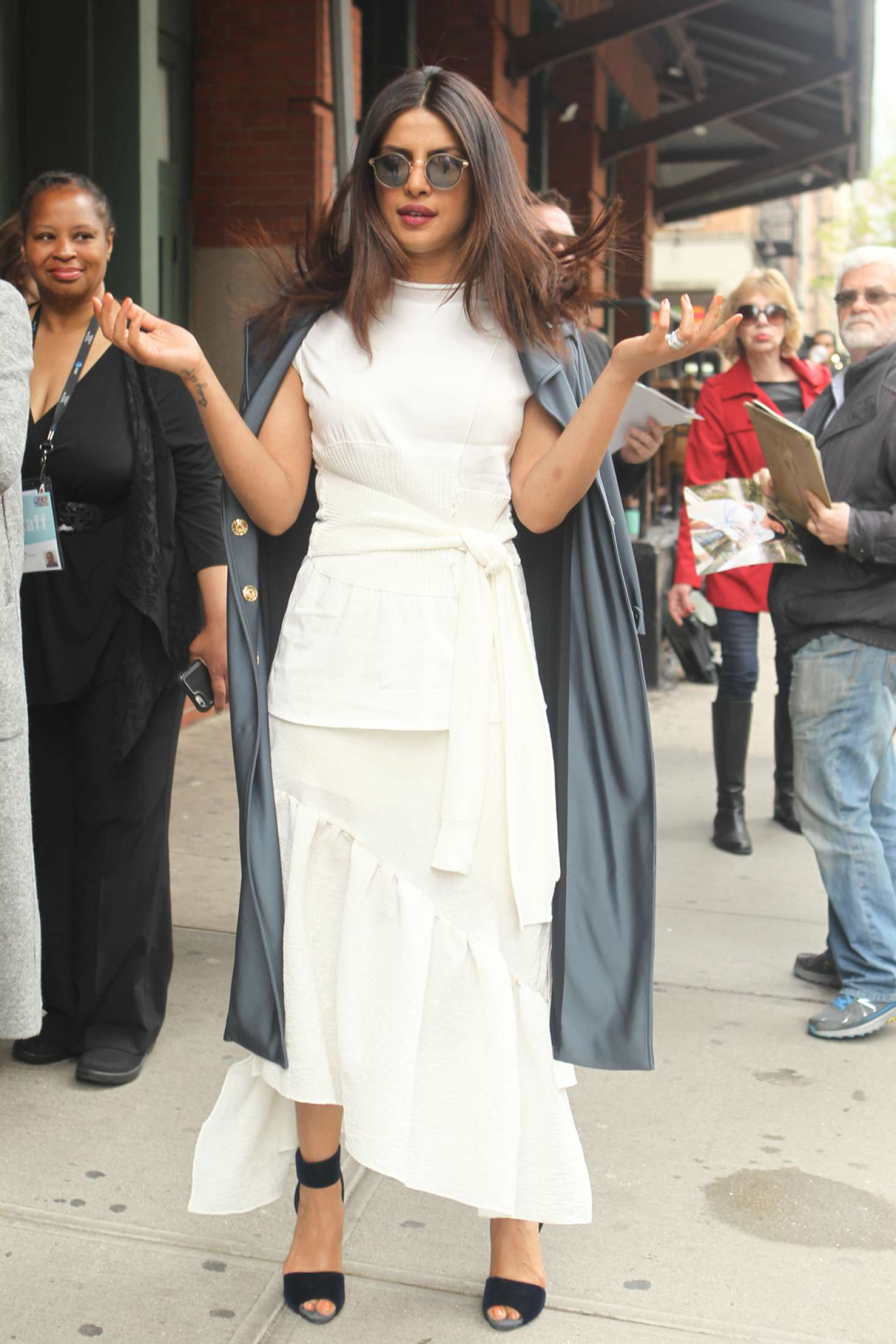 Priyanka Chopra – Spotted while out in New York City   Priyanka-Chopra:-Seen-out-in-New-York-City-11