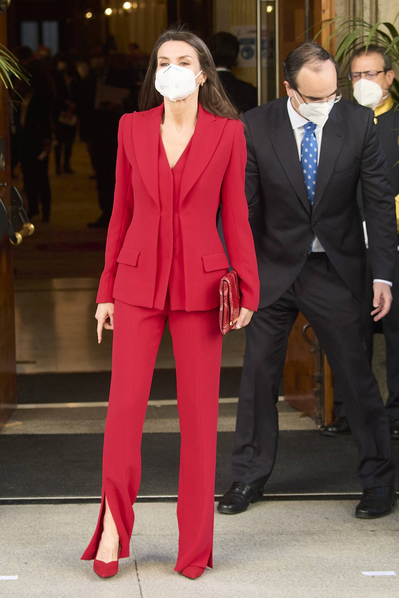 Queen Letizia Of Spain 2021 : Queen Letizia of Spain – In all red attends the tribute to the figure of Clara Campoamor in Madrid-04