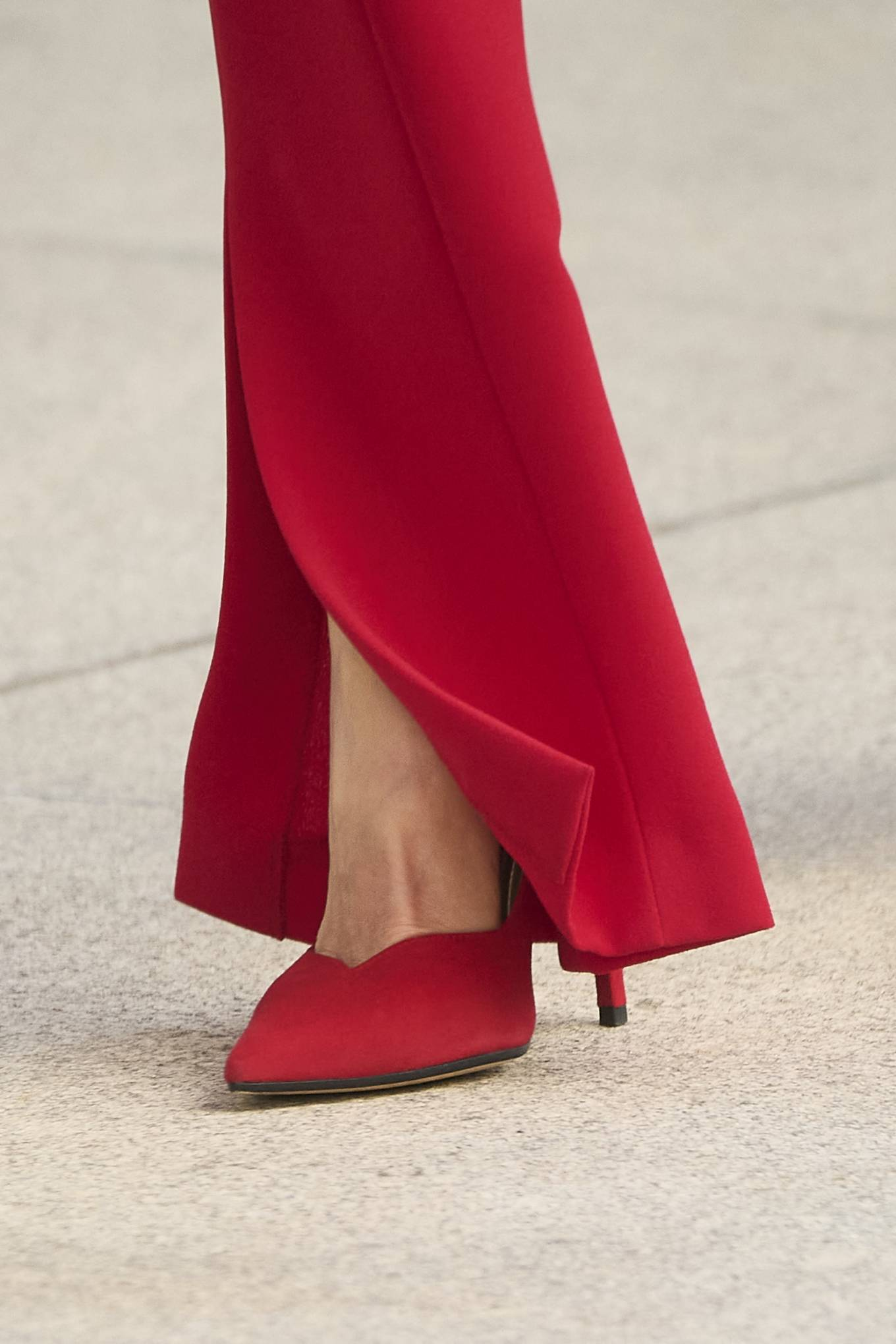 Queen Letizia Of Spain 2021 : Queen Letizia of Spain – In all red attends the tribute to the figure of Clara Campoamor in Madrid-11