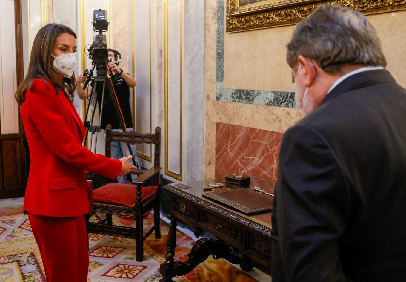 Queen Letizia Of Spain 2021 : Queen Letizia of Spain – In all red attends the tribute to the figure of Clara Campoamor in Madrid-15