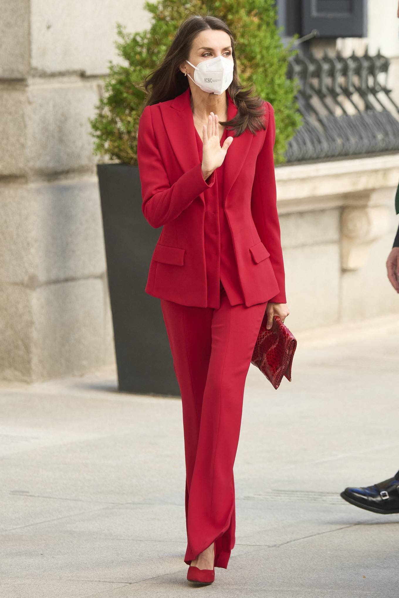 Queen Letizia Of Spain 2021 : Queen Letizia of Spain – In all red attends the tribute to the figure of Clara Campoamor in Madrid-18