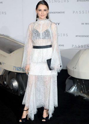 Rachael Leigh Cook - 'Passengers' Premiere in Los Angeles