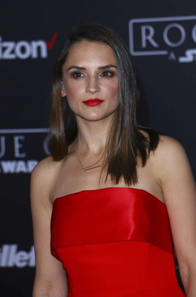 Rachael Leigh Cook: Star Wars Rouge One Premiere -17