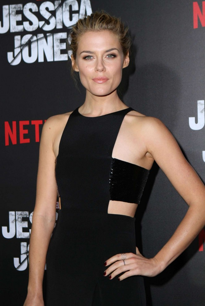 [Imagen: Rachael-Taylor:-Jessica-Jones-NY-Premier...62x986.jpg]