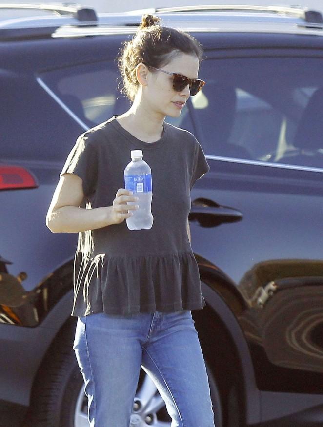 Rachel Bilson Leaving Toys R Us In Burbank Gotceleb