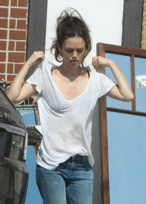 Rachel Bilson out for lunch in Los Angeles